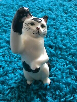 Babbacombe Pottery Black & White Cat With Paw Up  • 10£