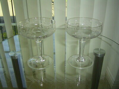 2 Vintage Crystal Etched Champagne Coupes / Saucers / Bowls  Glasses 4.3/4  • 14.99£
