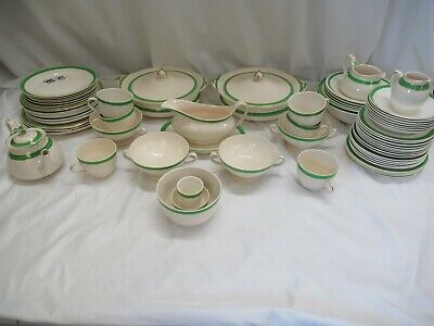 25 Pcs Queens Green Solian Ware • 30£