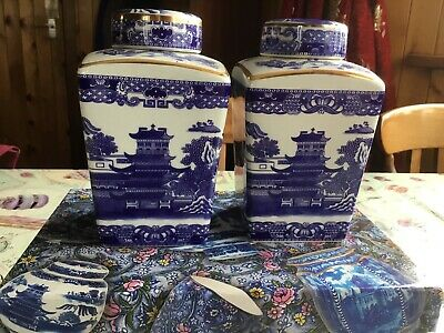 Ringtons Willow Pattern Replica  Maling  Tea Caddy By Wade Ceramics. • 10£