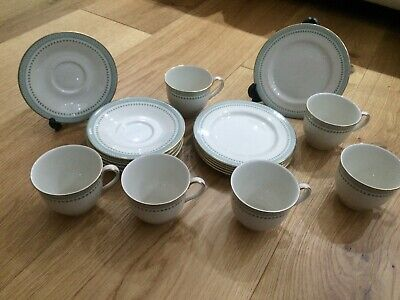 "Royal Doulton ""Berkshire"" Pattern Dinner And Tea Set • 16.70£"