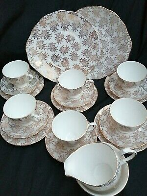 Vintage Royal Vale Gold Chintz 21 Piece English Tea Set • 50£