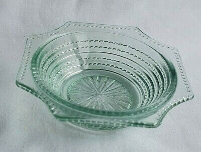 Small Vintage Green Glass Trinket Dish With Beaded Pattern (SR346) • 1.50£