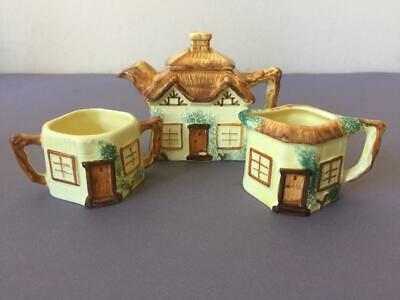 Vintage Cottage Ware Hand Painted By Keele Street Pottery Co.  • 5£