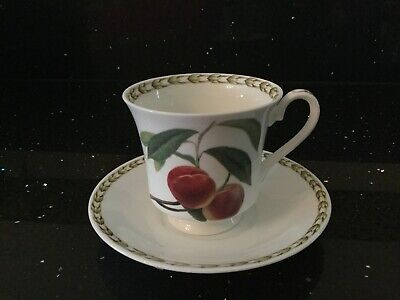 Queens Hookers Coffee Teacup And Saucer • 5£