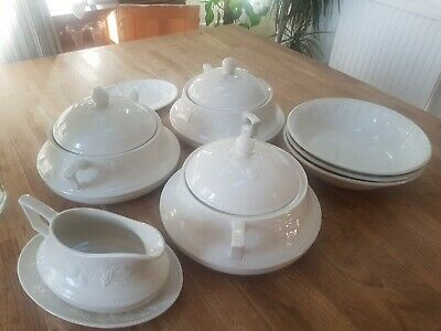 Bhs Lincoln Casserole Set And Gravy Boat • 25£