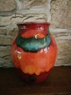 Poole Pottery Volcano Vase 6.5 Inches Tall.  • 8.14£