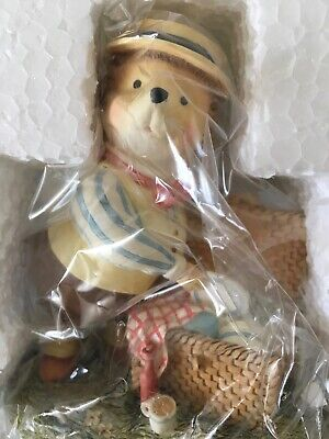 Foxwood Tales - Willy's Dad Figurine. Valleroy & Boch. Boxed FT8/1996 • 21£