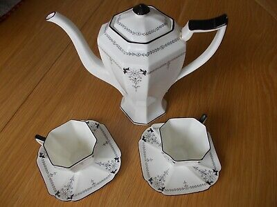Shelley Coffee Pot With 2 Cups & Saucers • 0.99£