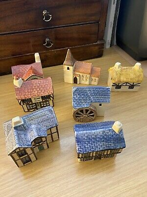A Collection Of Seven Carlton Ware Pottery Village Series  • 40£