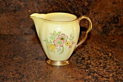 Carlton Ware Milk Jug Yellow With Delicate Floral Pattern Marked 1322 • 12.50£