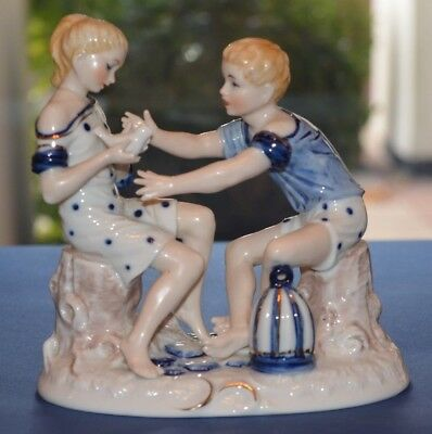 Sitzendorf Figure Of A Boy And Girl With A Dove • 95£