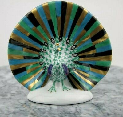 HEREND Porcelain Green, Turquoise, Black And 24K Gold  Fishnet Peacock Figurine  • 135£