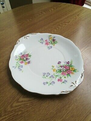 Queen Anne Bone China Old Country Spray 1 X Cake/sandwich Plate A Super Example • 5£