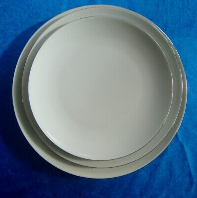 THOMAS ~ THIN SILVER LINE ~ 1 Large Plate, 1 Medium Plate, 1 Small Plate • 7.50£