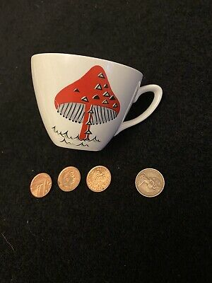 Midwinter Toad Stool Cup And Saucer  • 9.99£