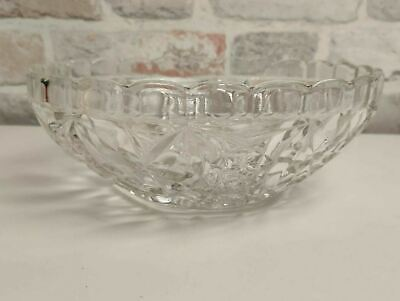 Beautiful Vintage Pressed Cut Glass Decorative Bowl With Scalloped Edge • 9.99£
