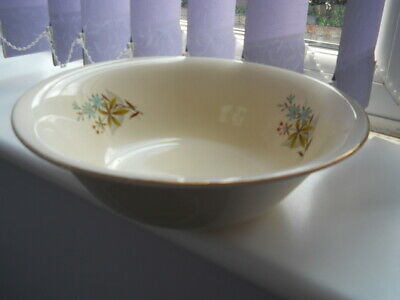 Vintage  -  Large Beswick  Serving  Bowl - Pale Yellow With Flower & Leaf Design • 3.50£