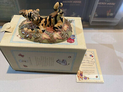 Royal Doulton Winnie The Pooh Collection - WP43 Sometimes Autumn Tickles Your .. • 30£