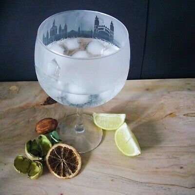 Cambridge Skyline Etched Balloon Gin Glass • 14.95£