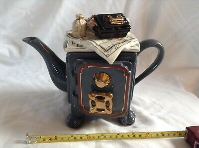 Cardew Novelty Collectable Lge Teapot Lionheart Safe Perfect Condition • 32£