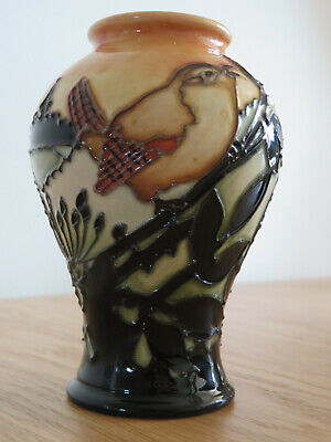 Moorcroft Pottery Dawn Wren. Mint Condition. • 120£
