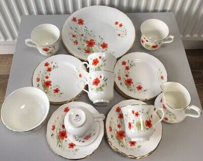 Vintage 21 Piece China Tea Set -Poppies By Royal Vale • 25£
