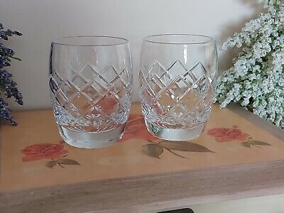 2 VINTAGE CRYSTAL SMALL WHISKEY GLASSES 7cm TALL,GOOD CONDITION • 4.55£