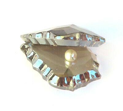 Pearl In A Crystal Glass Shell Miniature 2 CM • 9.99£
