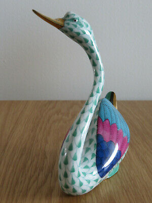 Herend Porcelain Swan. Mint Condition • 115£