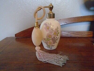 Royal Tara Ireland Fine Bone China Scent Bottle. • 2.50£