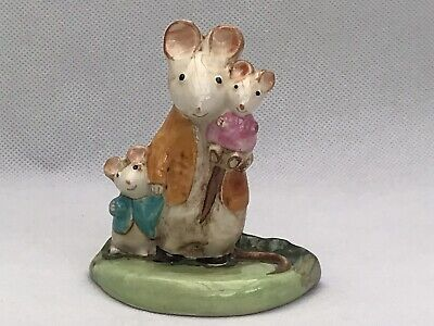 Vintage A Family Mouse Figurine Kitty MacBride Beswick England Baby Shower Gift • 29.99£