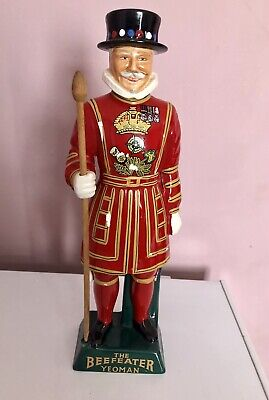 Vintage Carlton Ware Staffordshire, Limited Edition Beefeater Yeoman Breweriana • 79.99£