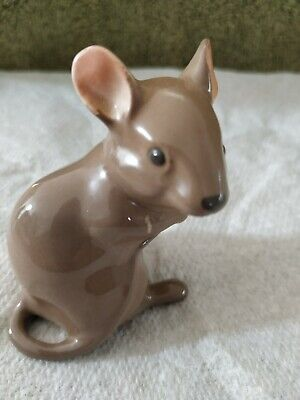 Beswick Brown Mouse • 1.99£