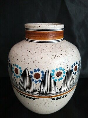 Very Nice Hand Painted Studio Pottery Vase UK Sell Only • 8£