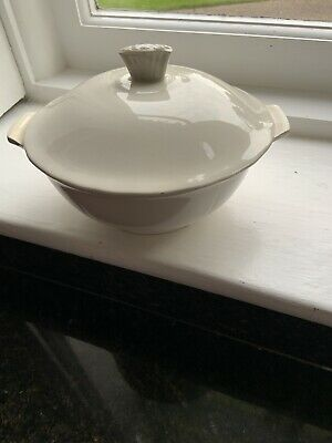 Vintage Wedgewood And Co White Lidded Tureen • 5.60£