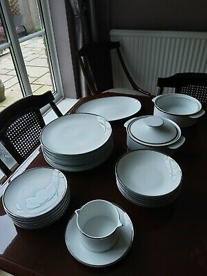 Thomas Of Germany Medallion Platinum Band With Thick Silver Line Dinner Service • 150£