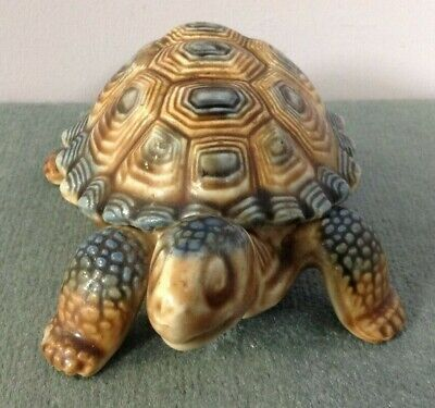 Wade Mini / Small Porcelain Turtle Figurine Made In England  • 5£