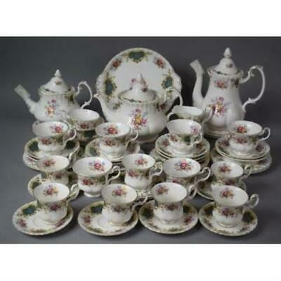 Royal Albert 'Berkeley' Tea And Coffee Set • 450£
