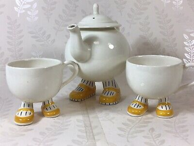 Vintage Carlton Ware Walking Ware Teapot And Two Tea/Coffee Cups • 5.19£