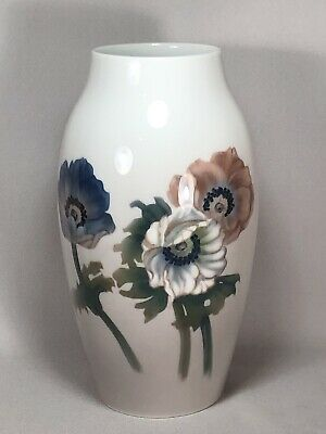 Bing & Grondahl Denmark 10  Porcelain Vase With Poppy Or Anemone Flowers, Lovely • 65.17£