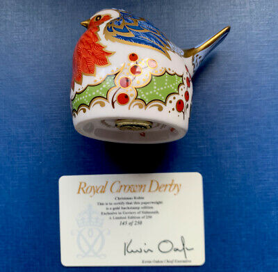 Pre Owned Royal Crown Derby  Christmas Nesting Robin Paperweight • 25£