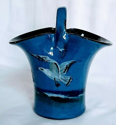 TORQUAY 'LEMON & CRUTE' POTTERY  BASKET SEAGULLS IN FLIGHT DECORATION,  12cms • 15£