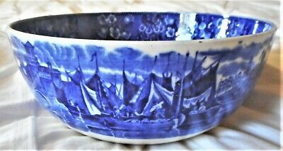 Wedgwood ''ferrara'' Pattern Salad Or Fruit Bowl In Good Condition, 1926 • 25£