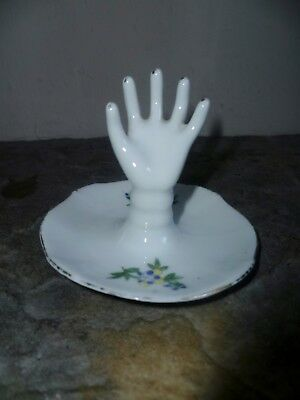 Vintage Czechoslovakia Ring Holder Hand 1930s. • 20£
