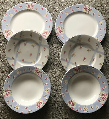 Beautiful Marks & Spencer 12 Piece Ditsy Floral Super Fine China Dinner Service • 30£