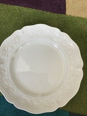 Vintage Royal Creamware 'Classics'  280mm  Plate • 2.95£