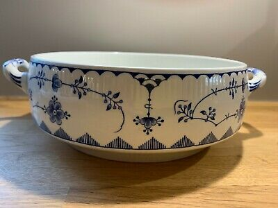 Denmark Furnivals Serving Bowl.  Used.  Excellent Condition. • 26£