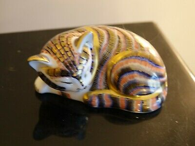 Royal Crown Derby Sleeping Cat Paperweight Gold Stopper • 23£