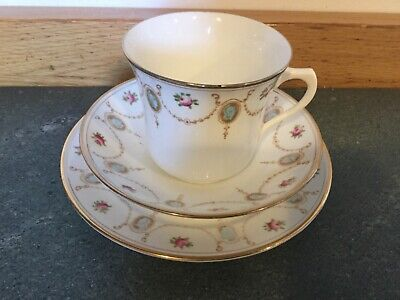 Antique Royal Albert 1920s Cameo Rose Swags Trio Cup Saucer • 10£